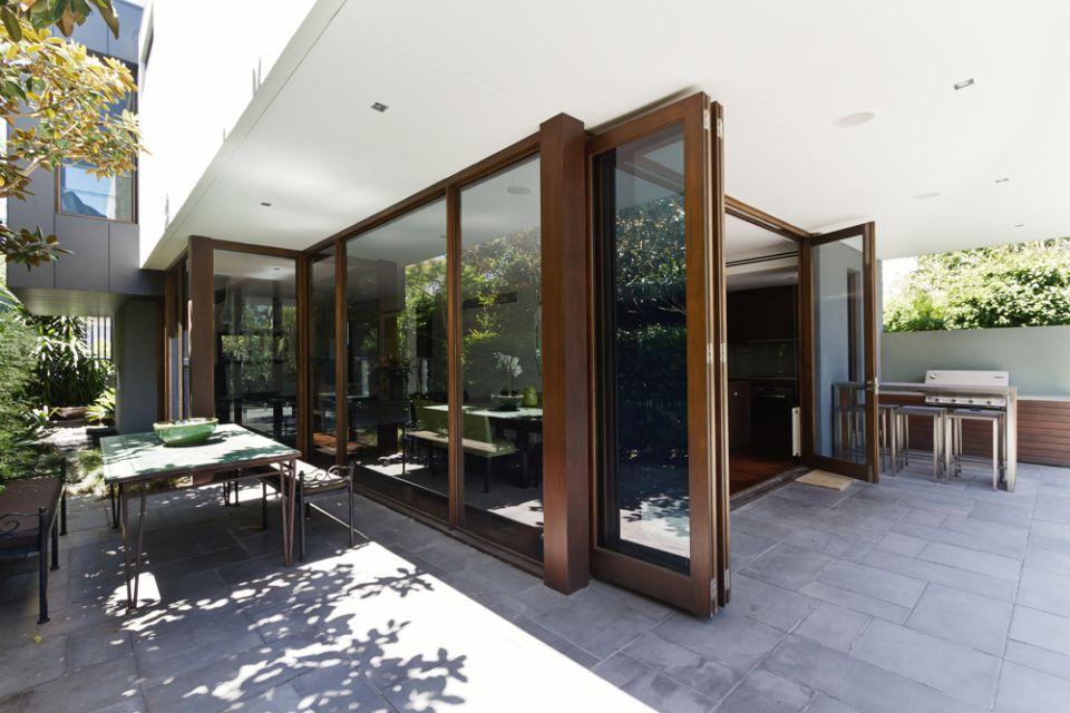 drzwi-harmonijkowe-drewniane